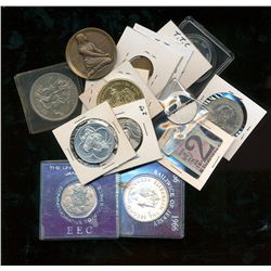 World Coins and Medal Lot;  includes an assortment of hundreds of World coins (modern), medals and t