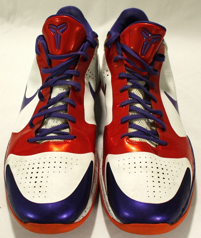Channing Frye Pair of Nike Zoom Game Used Basketball Shoes (PA LOA)