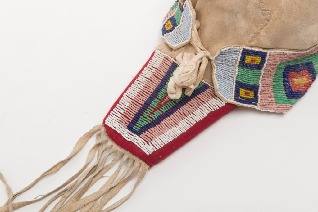 Great original cradleboard with beaded american indian for American indian decoration
