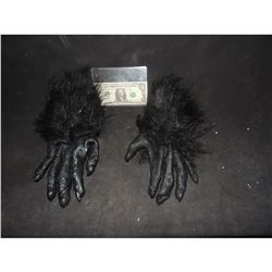ALIEN DEMON CREATURE WEARABLE GLOVE HANDS USED IN ARIANA GRANDE VIDEO 3