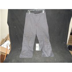 THE WALKING DEAD BLOODY ROTTEN ZOMBIE PANTS 13