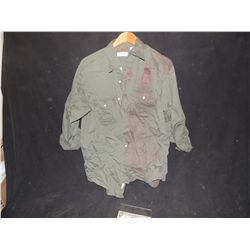 THE WALKING DEAD BLOODY ROTTEN ZOMBIE BUTTON DOWN SHIRT 33