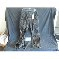 THE WALKING DEAD BLOODY ROTTEN ZOMBIE PANTS 3