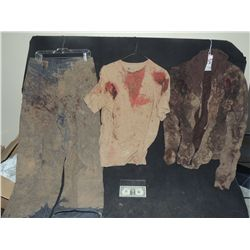 THE WALKING DEAD BLOODY ROTTEN ZOMBIE COMPLETE MUDDY WARDROBE