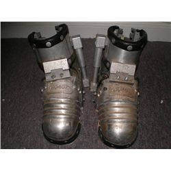 FACE OFF PRISONER BOOTS SCREEN USED