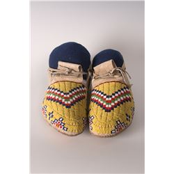 Sioux Moccasins, 10  long