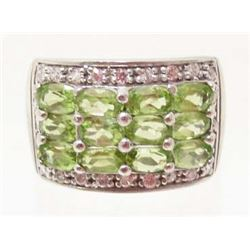 STERLING SILVER GREEN PERIDOT RING - SIZE 9