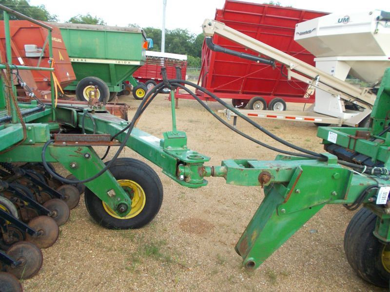 john deere front hitch rear hitch for towing side by side drilling. Black Bedroom Furniture Sets. Home Design Ideas