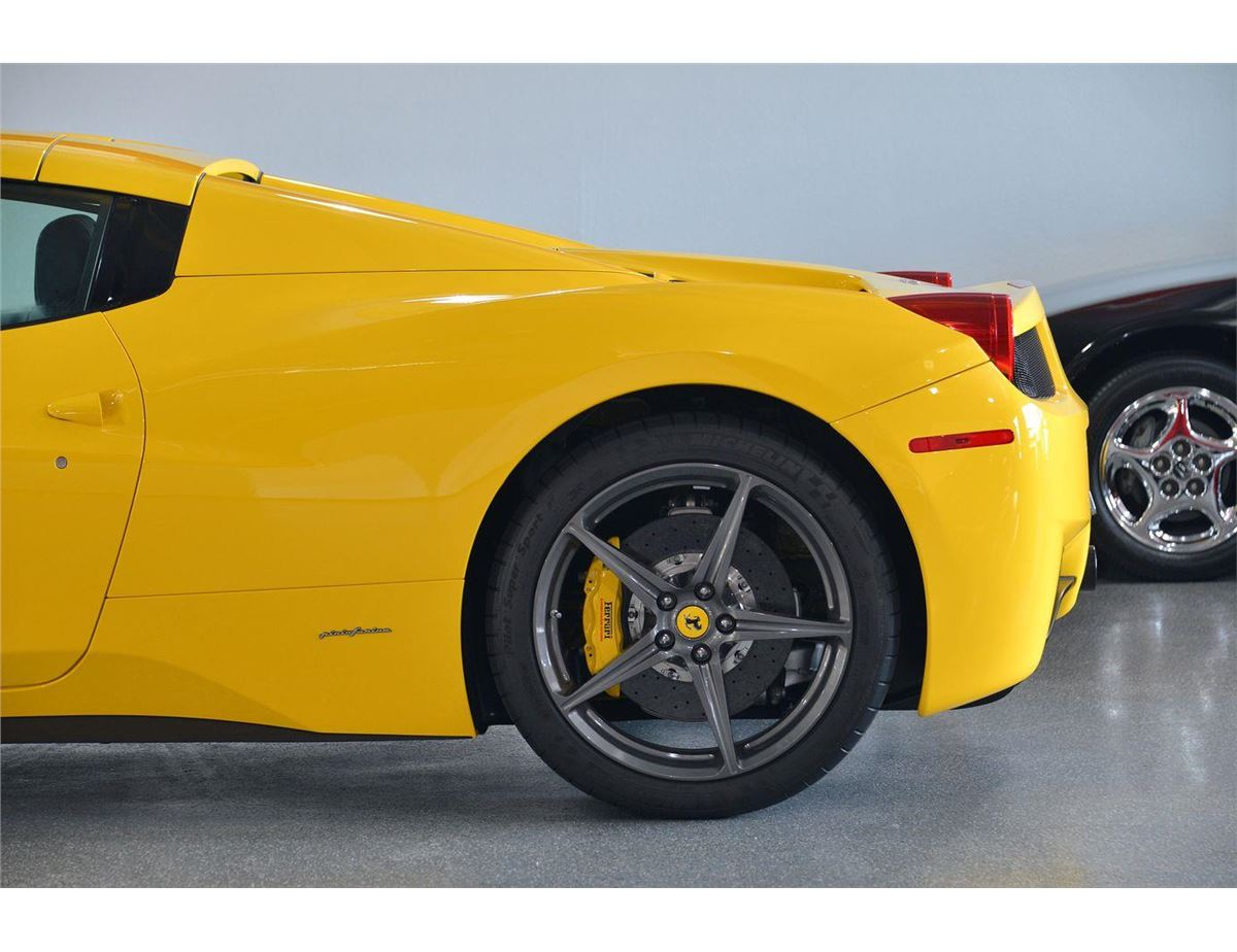image 7 2014 yellow ferrari 458 spider base convertible - Ferrari 2014 Yellow