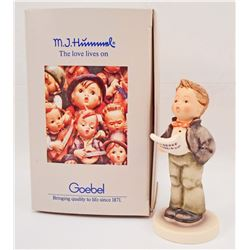 VINTAGE HUMMEL SOLOIST FIGURINE IN ORIGINAL BOX