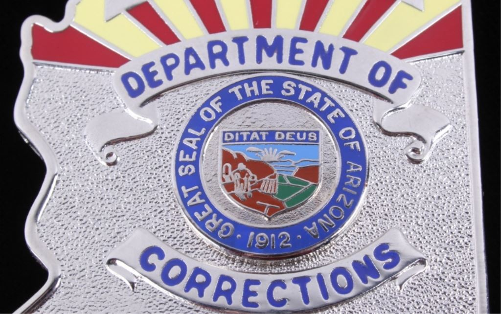 ... Image 4 : Department Of Corrections Officer Arizona Badge Th ...