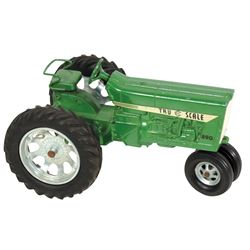 "Toy tractor, Tru Scale IH 890, green, cast metal, c.1970's, Exc cond, 5.25""H x 8.25""L."