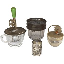 Kitchenware (4), flour sifter, glass w/metal mech, 2 cup glass beater, Androck beater jar & Chocolat
