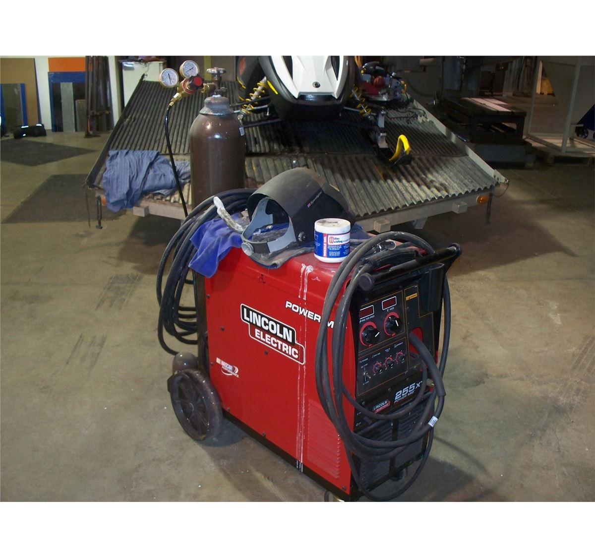 welders pkg economy lincoln with cart a get sale welder buy mig for power the