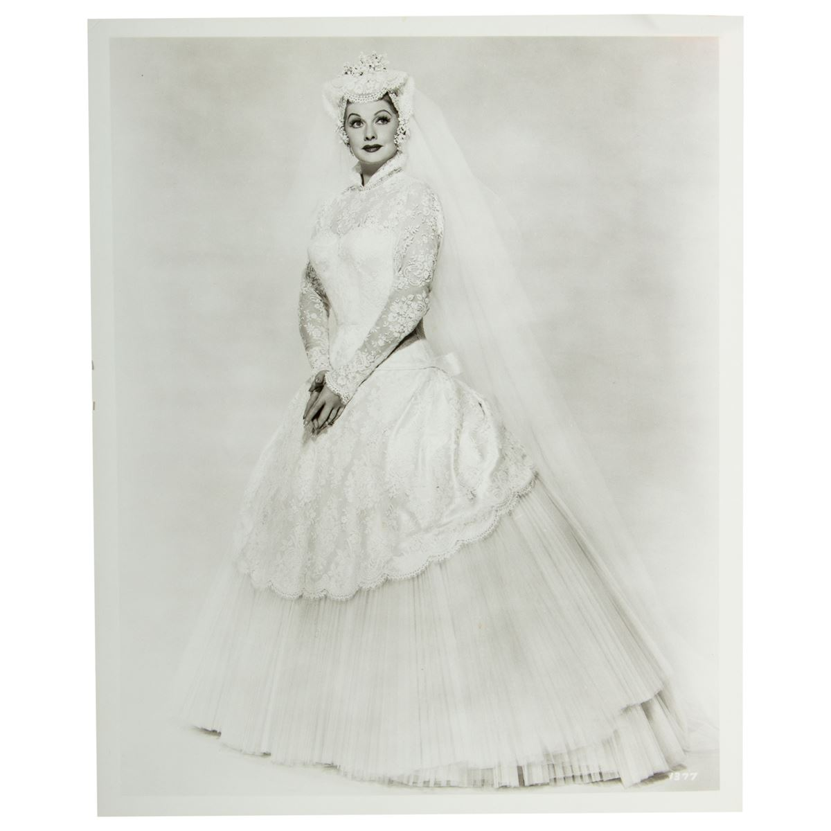 Lucille ball hq pictures just look it for Lucille ball wedding dress