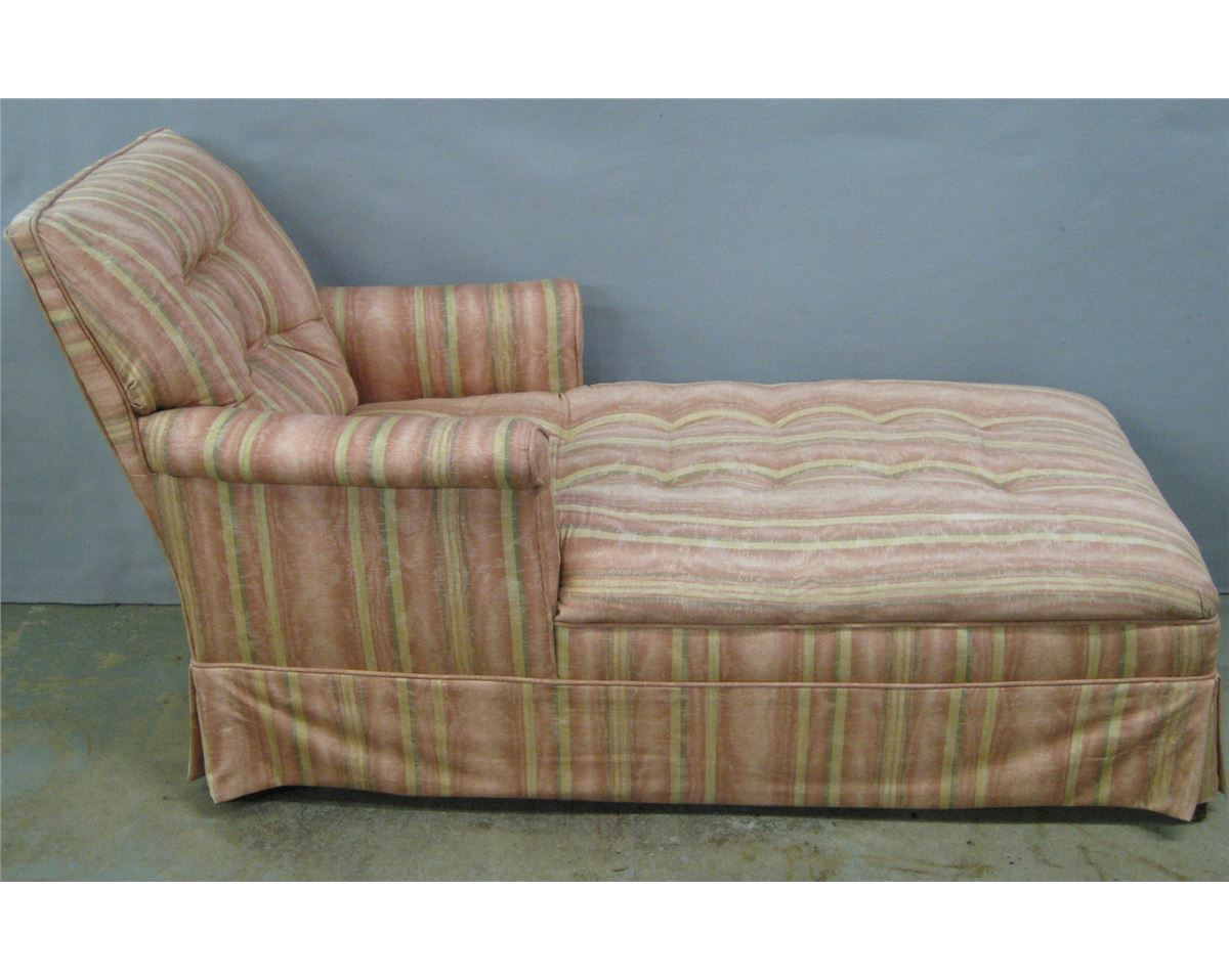 Lady 39 s chaise lounge in newer upholstery circa 1930 for 1930s chaise lounge