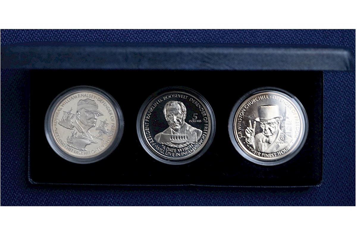 1990 Niue $5 3-coin Defenders of Freedom set in original display box featuring William. Loading zoom  sc 1 st  iCollector.com & 1990 Niue $5 3-coin Defenders of Freedom set in original display ... Aboutintivar.Com