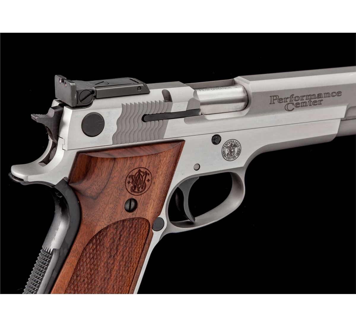 ... Image 4 : S&W Performance Center Model 952-2 Target Pistol ...
