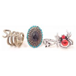LOT OF 4 ASSORTED COSTUME JEWELRY RINGS