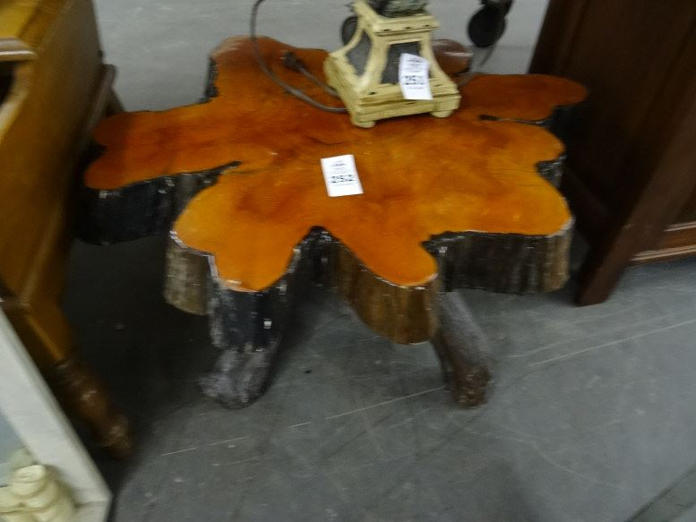 Image 1 : Cypress Tree End Table ...