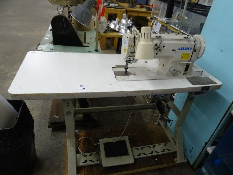 JUKI DNU40 Commercial Sewing Machine WTable Beauteous Juki Commercial Sewing Machine