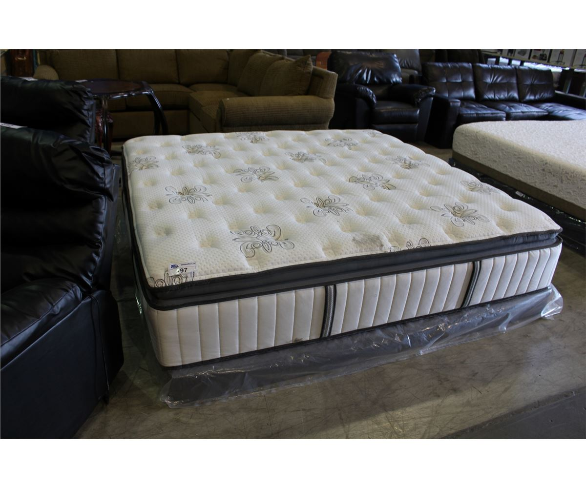 King Size Kirkland Stearns And Foster Lakes Luxury Firm Euro Pillow Top Mattress Boxspring