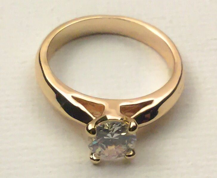 samanthas bewitched screen used wedding ring loading zoom - Used Wedding Rings For Sale