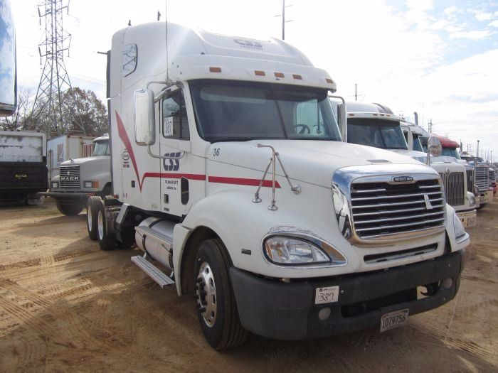 2007 freightliner columbia t a truck tractor s n for Freightliner mercedes benz