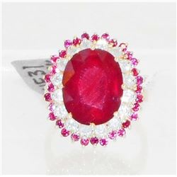 14KT GOLD LADIES RUBY AND DIAMOND RING - SIZE 7