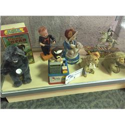 SHELF LOT OF ANTIQUE WIND UP TOYS