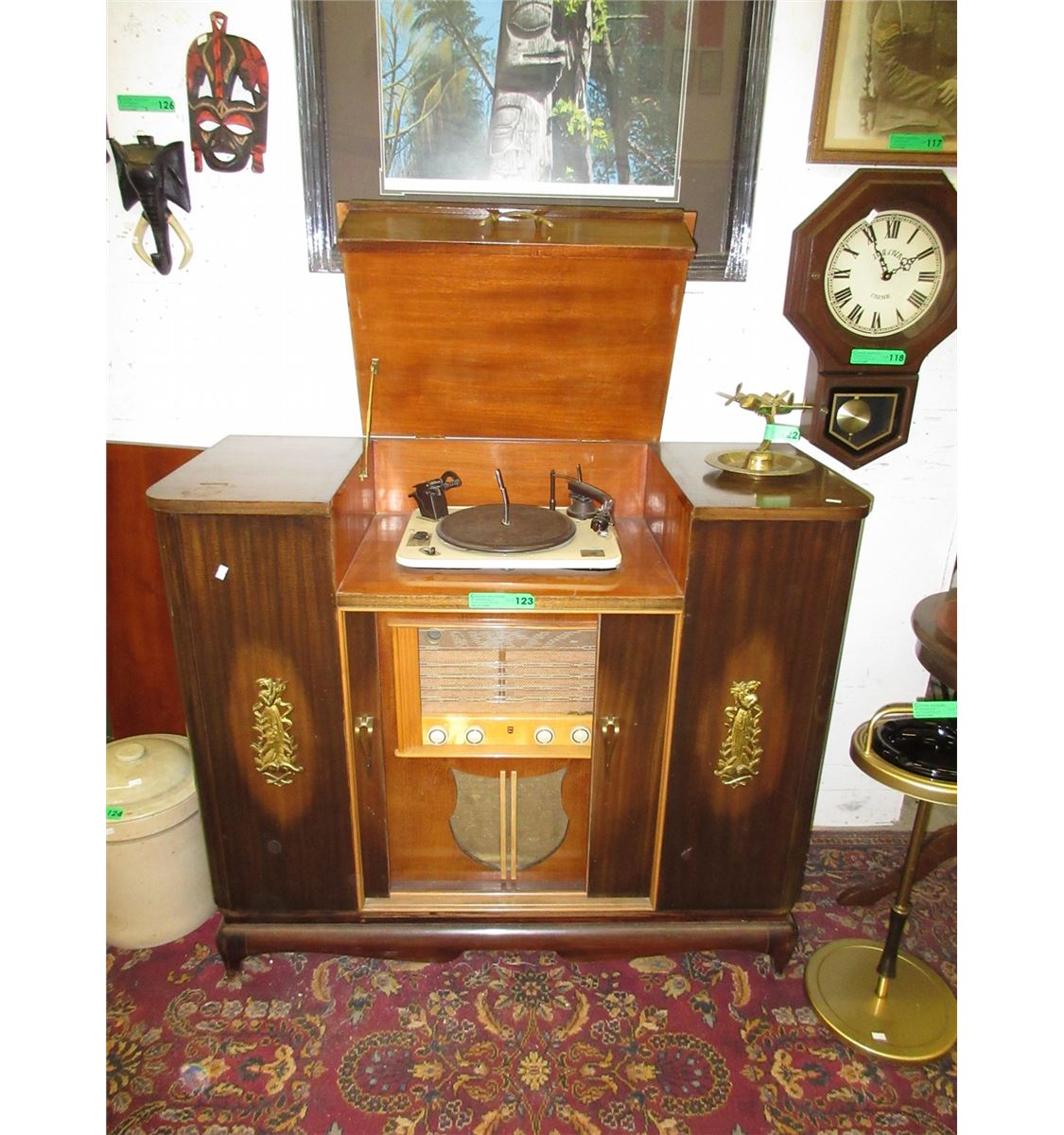 Kitchen Cabinets Port Coquitlam: Stereo Cabinet With Turntable & Radio