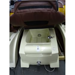 Spa Plus Massaging Pedicure Chair