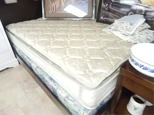 Used queen mattress Full Size Icollectorcom Used Queen Mattress