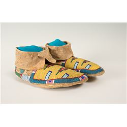 "Blackfeet Beaded Woman's Moccasins, 9 ½"" long"
