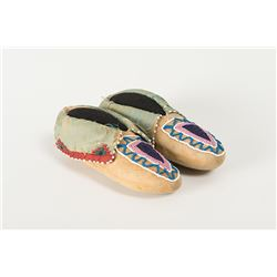 "Delaware Beaded Child's Moccasins, 7 "" long"