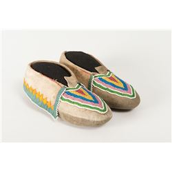 "Delaware Beaded Woman's Moccasins, 8 ½"" long"