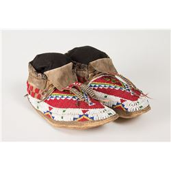 "Sioux Beaded Man's Moccasins, 11"" long"