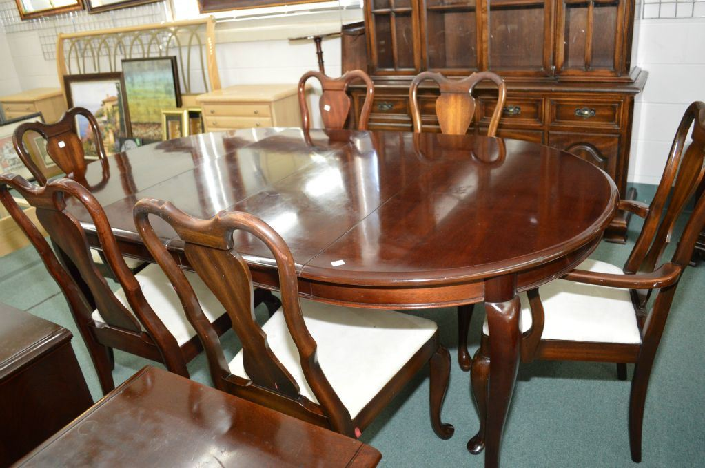 44quot round Gibbard solid mahogany dining table three  : 228903211 from www.icollector.com size 1023 x 680 jpeg 111kB
