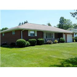 Real Estate Located at 345 Donald Rd. Hermitage, PA 16148
