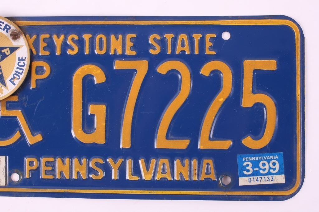 Pennsylvania License Plate w/ FOP Topper