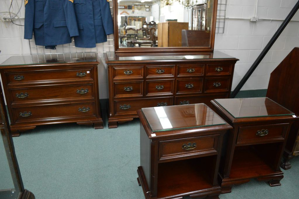 four piece gibbard solid cherry bedroom suite including eight drawer mirrored dresser two night tab