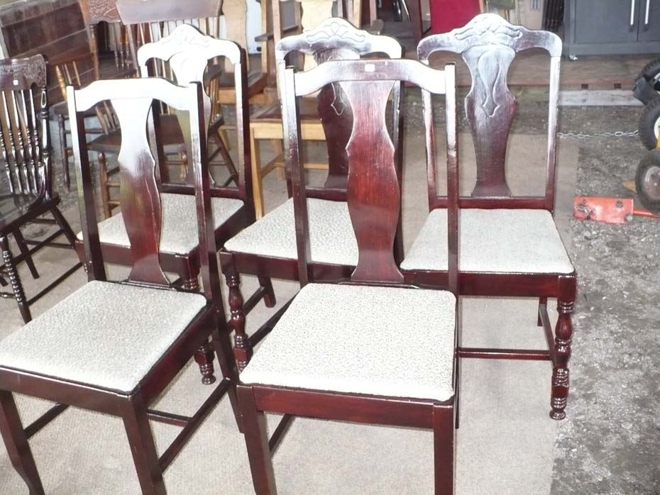 Wooden dining room chairs set of 5 for Dining room furniture auctions