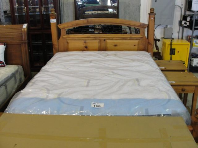 Masterpiece By Serta Christiano Queen Size Mattress And
