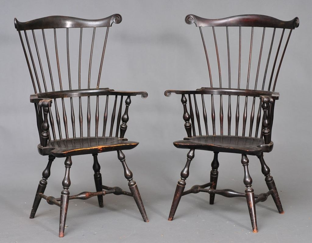 ... Image 2 : Pair Of Wallace Nutting Comb Back Windsor Chairs ...
