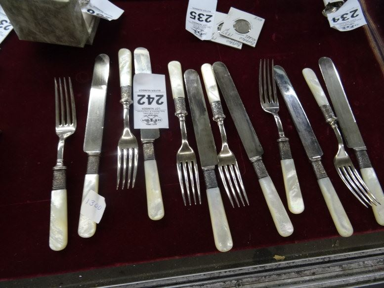 Mother of pearl handled flatware set bay area auction services - Pearl handled flatware ...