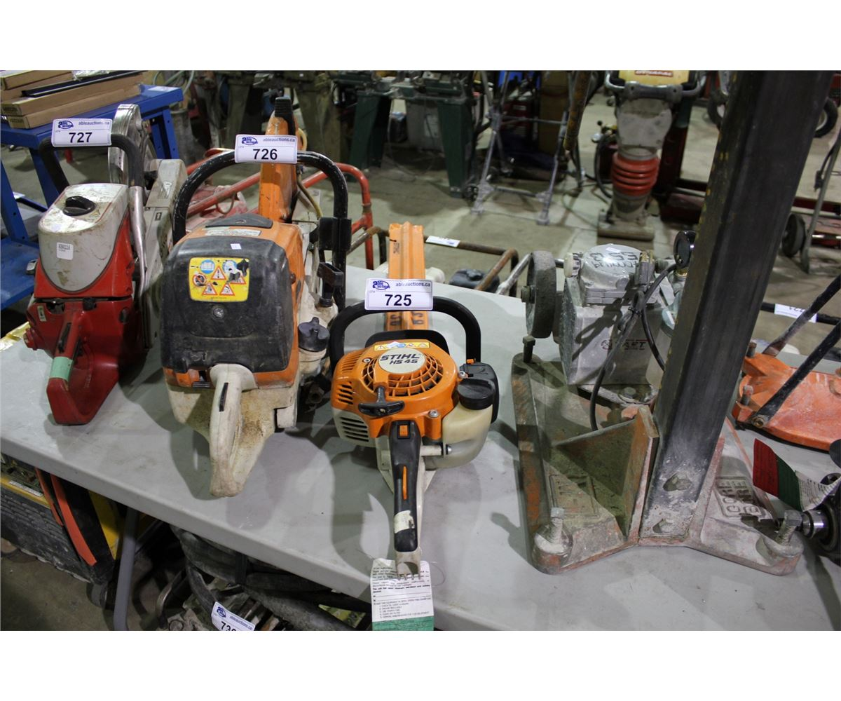 stihl hs 45 gas hedge trimmer able auctions. Black Bedroom Furniture Sets. Home Design Ideas