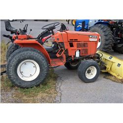 Simplicity 9518 tractor, diesel, 18.5 hp, 3 pt., pto, front blade, hyd. lift