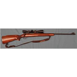"WIN 70, .30-06, pre-64, bolt action, 24"" bbl, wood stock, s# 320832, w/ Redfield 6x scope & sling"