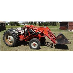 Ford 861 tractor, Wagner loader, 1,605 hrs. on meter, 5 spd., live pto, 2-stage clutch, pwr. steerin