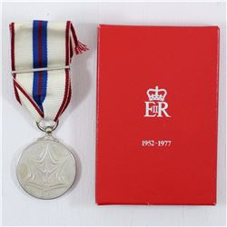 Queen Elizabeth II Silver Jubilee  Medal 1952-1977 in Original Display box with Ribbon. Diameter is